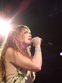 Faith Hill in concert in Dallas on the Soul2Soul II Tour, July 22, 2006