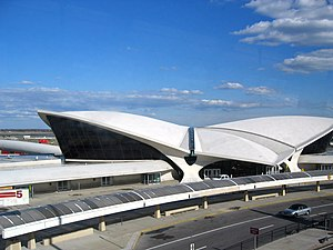 English: JFK International Airport Español: Vi...