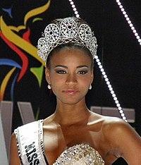 https://i0.wp.com/upload.wikimedia.org/wikipedia/commons/thumb/d/d6/Miss-universe-2011-leila-lopes.jpg/200px-Miss-universe-2011-leila-lopes.jpg