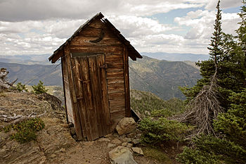 The outhouse for the fire lookout at Goat Peak.