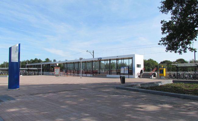Emmen Zuid Railway Station Wikipedia