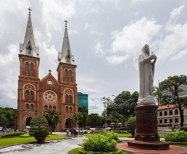 NotreDame Cathedral Basilica of Saigon Wikipedia