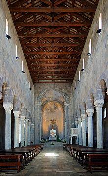 Duomo di Casertavecchia  Wikipedia