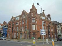 Eversley Hotel Cromer - Wikipedia