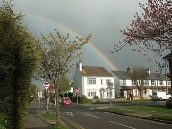 English: April showers Leigh-on-Sea. Junction ...
