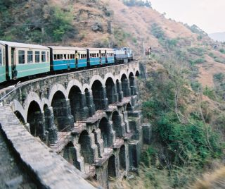 File:KSR Train on a big bridge 05-02-12 71.jpeg