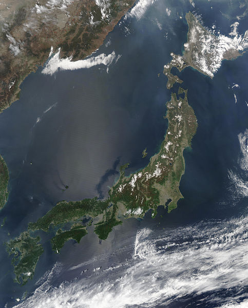 画像:Satellite image of Japan in May 2003.jpg