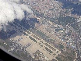 Luchthaven Shanghai Hongqiao - Wikipedia