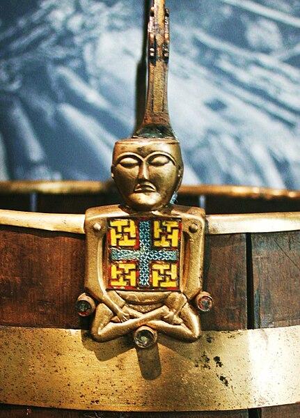File:Buckle from Oseberg Vikingship Buddha.JPG