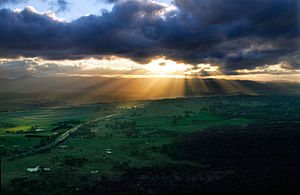 Crepuscular ray sunset from Telstra Tower, Can...