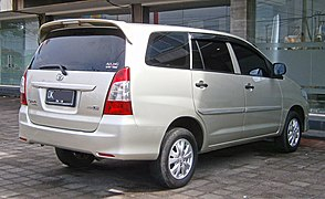 group all new kijang innova pilih grand avanza atau veloz toyota wikipedia 2013 2 0 e tgn40 second facelift indonesia