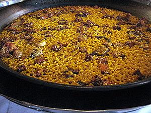 Español: Cómo elaborar un arroz de conejo y ca...