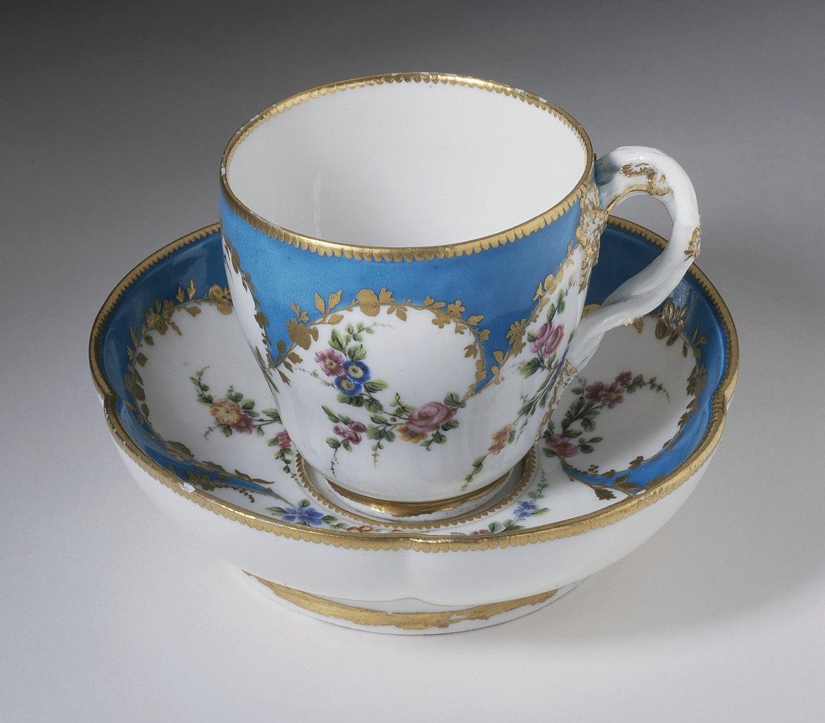 Cup - Wikipedia