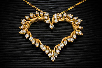 English: Gold Jewelry / Gold Jewellery
