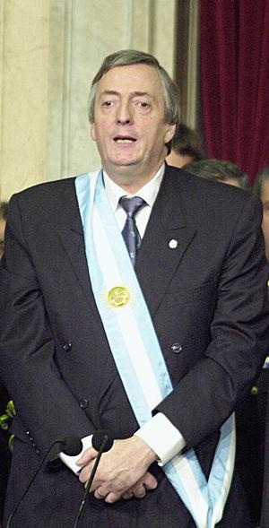 Español: Toma de posesión del ex presidente de...
