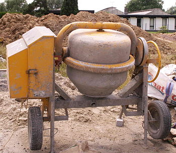 English: A picture of a (older model) concrete...