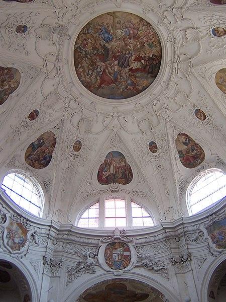 Datei:Klosterkirche.Muri.Kuppel.jpg