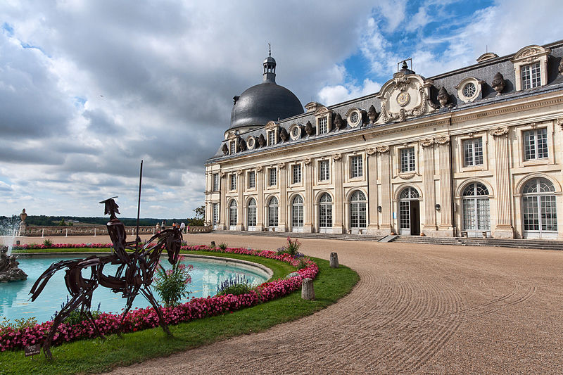 Valencay-chateau-entree