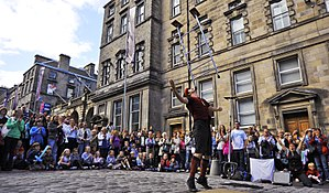English: High Street, Edinburgh Festival Fring...