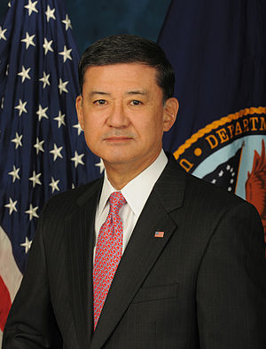 Official image of Secretary of Veterans Affair...