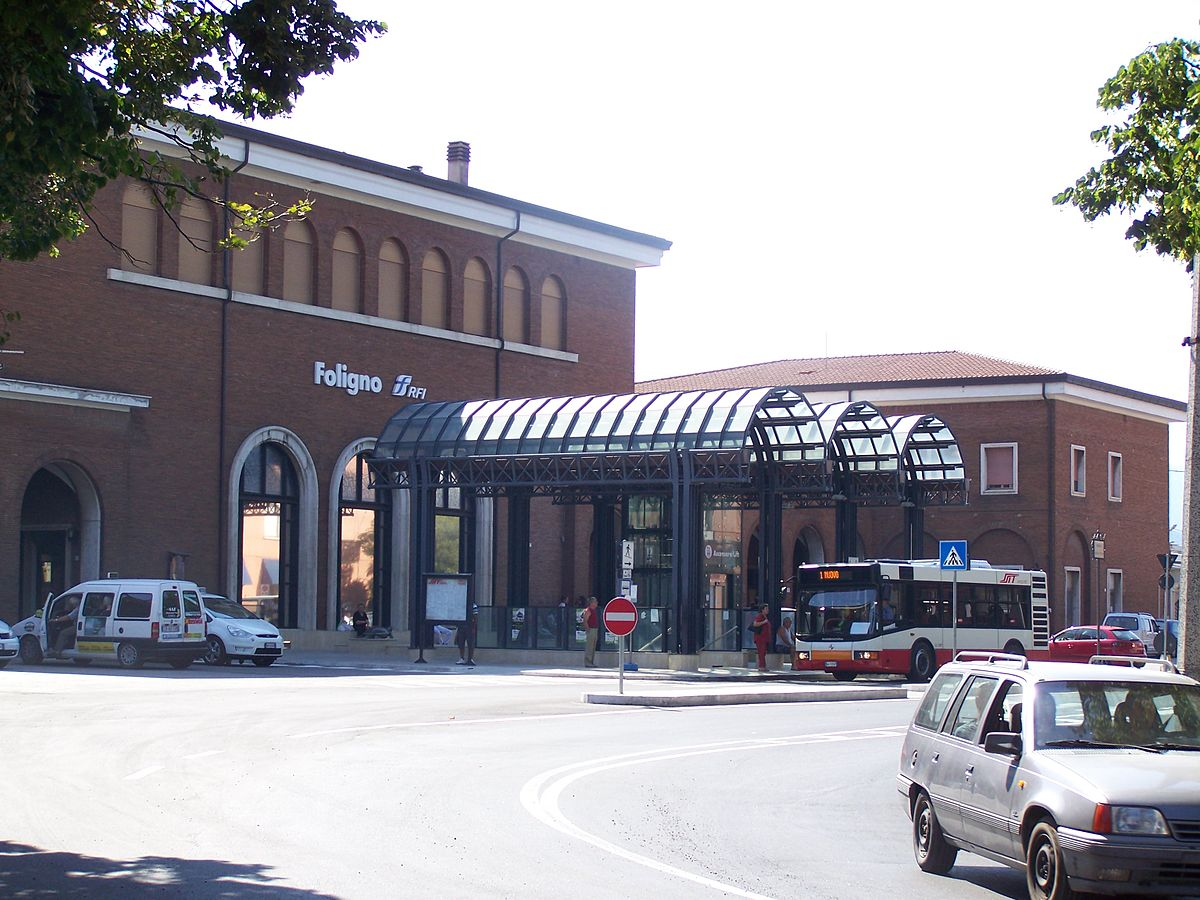 Stazione Di Foligno Wikipedia