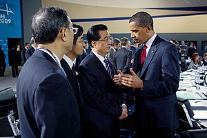President Barack Obama talks with Chinese Pres...