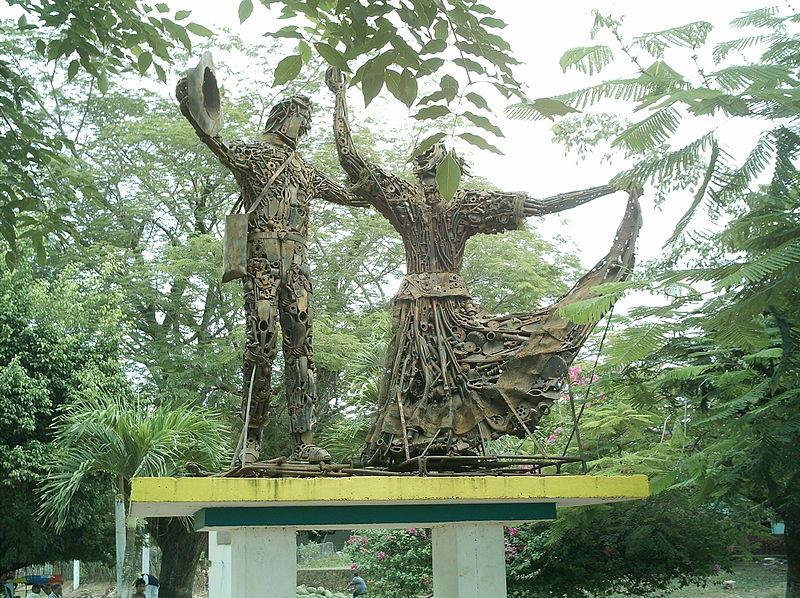 https://i0.wp.com/upload.wikimedia.org/wikipedia/commons/thumb/d/dd/Monumento_a_la_cumbia.JPG/800px-Monumento_a_la_cumbia.JPG
