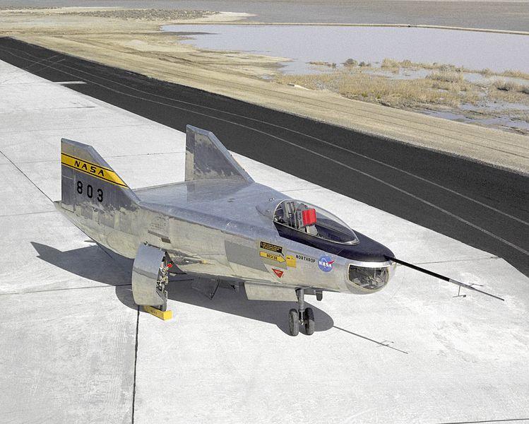 File:Northrop M2-F2.jpg