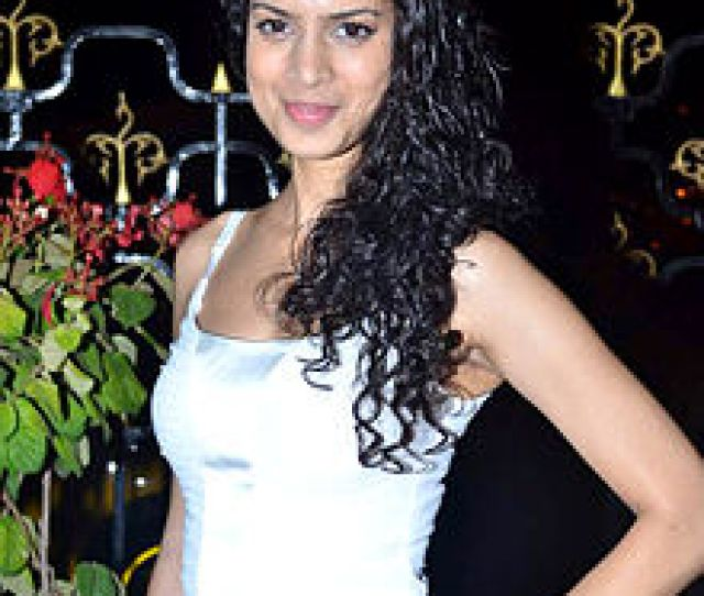 Desai At The Indian Premiere Of The Best Exotic Marigold Hotel 2012
