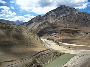 The two rivers - Zanskar and Indus joining up....