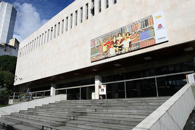 Ficheiro:Fachada da Biblioteca Pública do Estado da Bahia.jpg