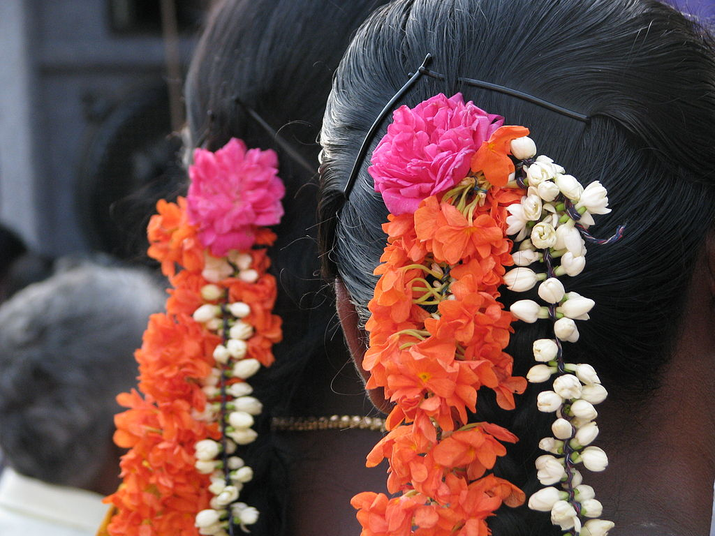 FileFlowers Worn In Hair Tamil Nadujpg Wikipedia