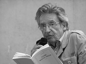 Français : Le poète Lionel Ray au festival Voi...