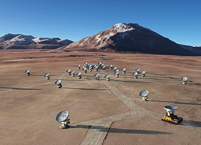 The future ALMA array on Chajnantor