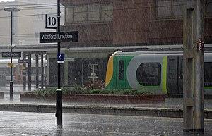 English: London Midland Desiro EMU 350125 call...