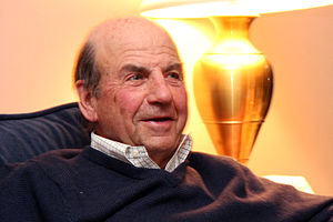 English: Calvin Trillin at a discussion at Dar...
