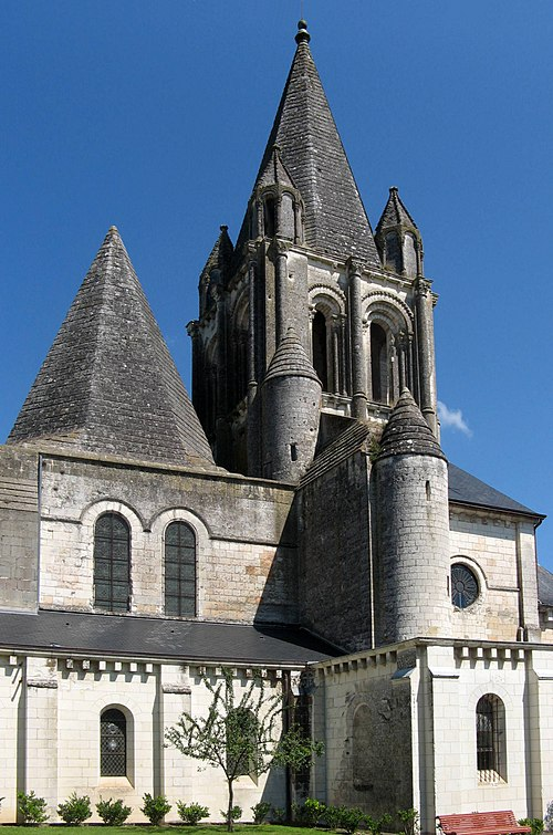 SchlossLochesStiftskirche