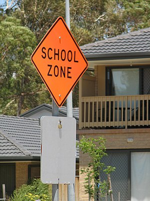 English: School zone sign in Latham. Taken by ...