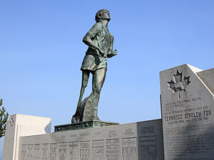 Statue of marathon runner Terry Fox overlookin...