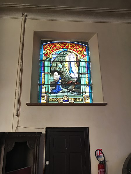 Fichier: Église Saint-Martin de Floyon vitrail 2.JPG
