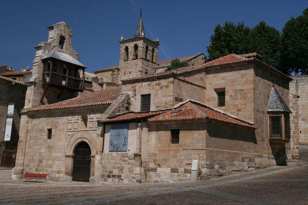 Iglesia De Santa Luc Zamora - Wikipedia La