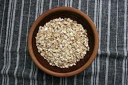 燕麥片 - 維基百科。自由的百科全書