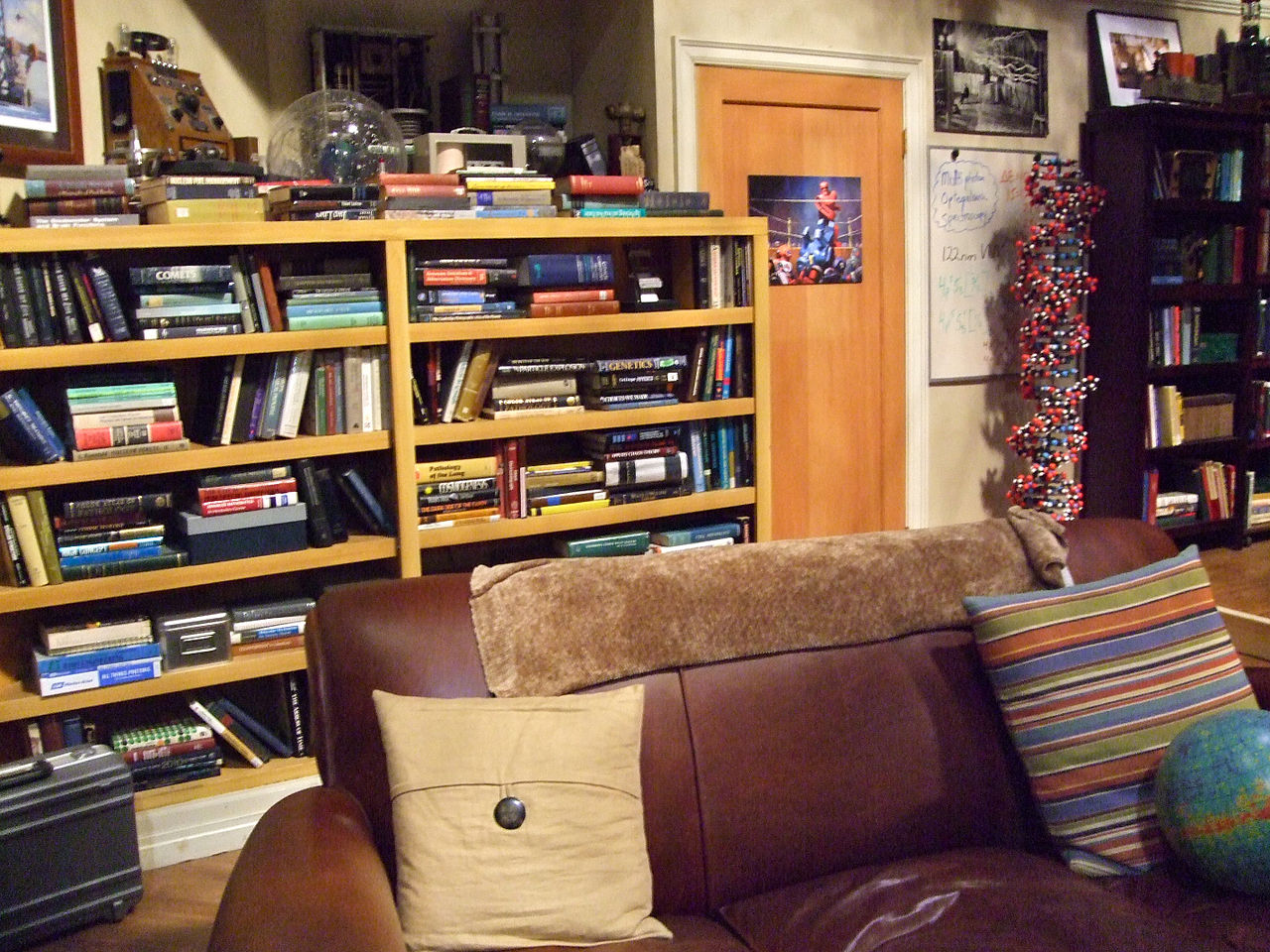 FileThe Big Bang Theory Apartment 4A 6163445581jpg