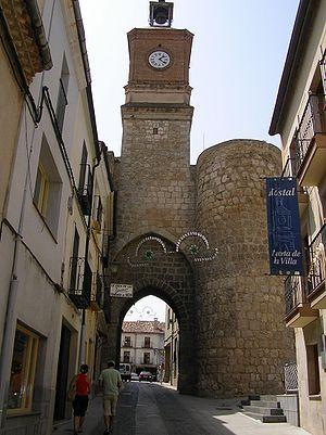 Puerta de la Villa, Almazán, Soria, España/Spain