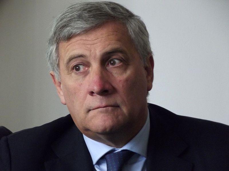 Archivo: Antonio Tajani (9949723564) .jpg