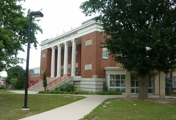 Beamsville District Secondary School - Wikipedia