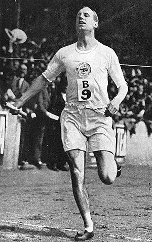 English: Eric Liddell in Paris Olympic Games M...