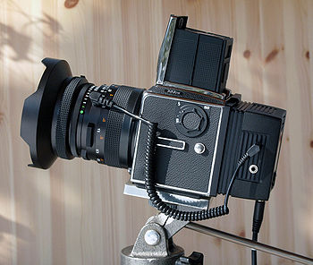 English: Hasselblad 503 CW with Zeiss F-Distag...