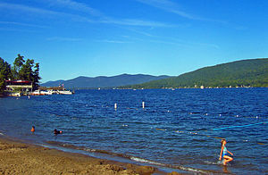 English: Lake George, NY, USA, from village be...