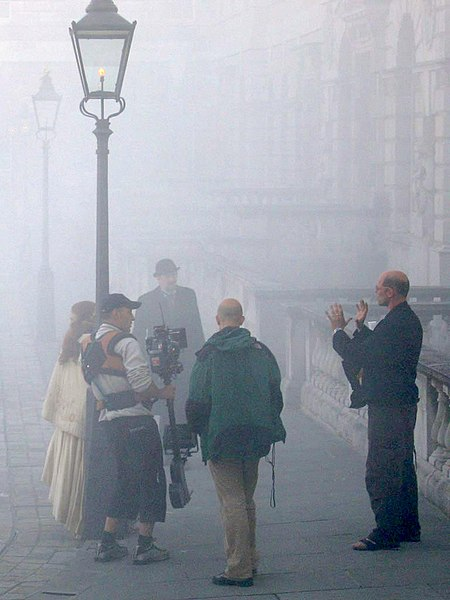 File:LondonSmog.jpg